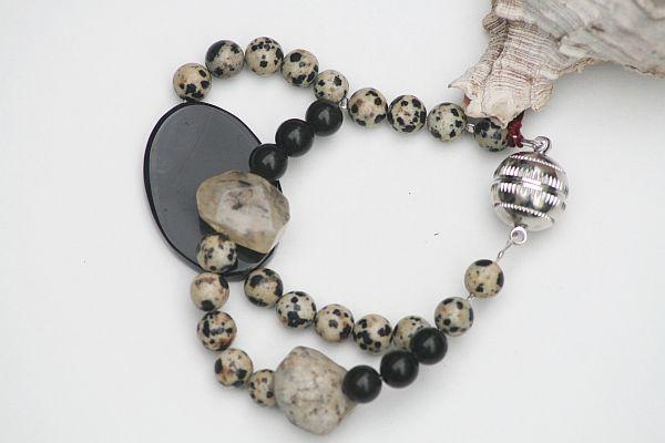 Dalmatiner  (Schmuck: Exclusive-Armbänder)
