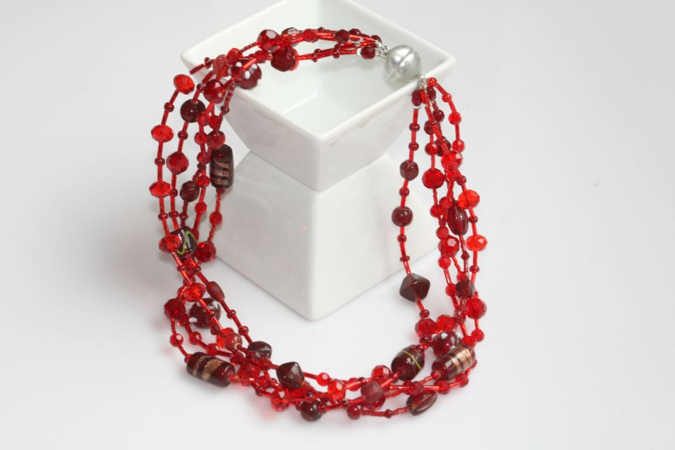 Collier-Red    (Schmuck: Kreativ-Ketten)