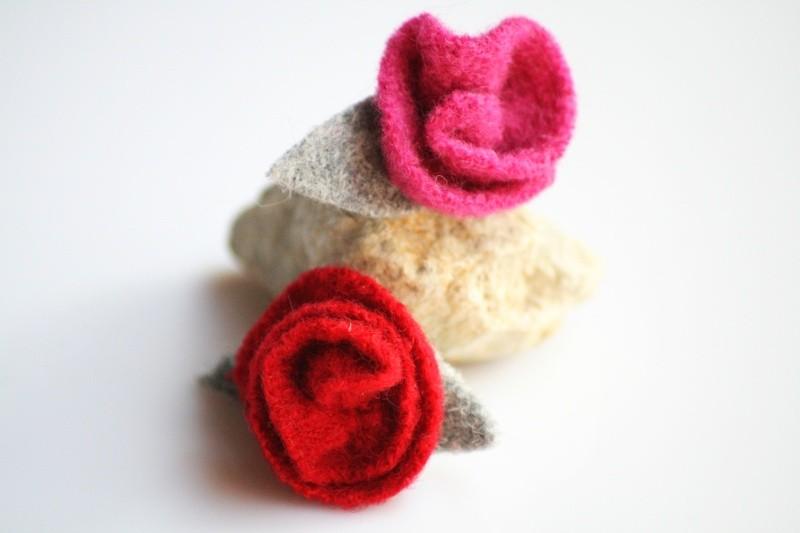Rosenblüten  (Schmuck: aktuelle Kollektion)